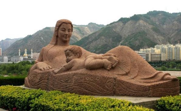 兰州黄河母亲雕像